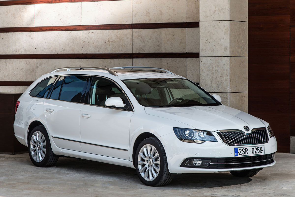 skoda superb combi 1 6 tdi greenline ambition businessline. Black Bedroom Furniture Sets. Home Design Ideas