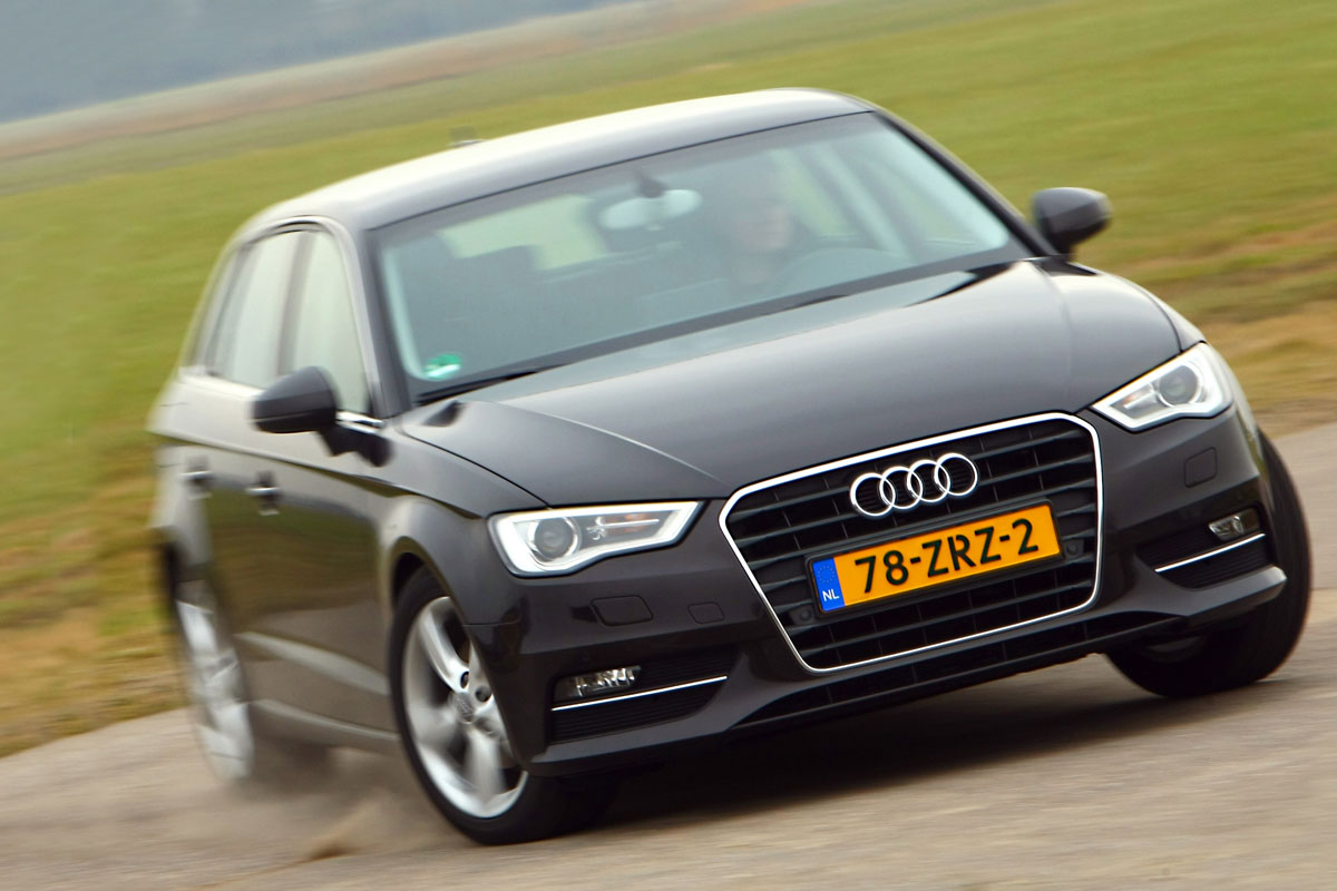 audi a3 sportback 1 4 tfsi ambition proline 2013 autotest. Black Bedroom Furniture Sets. Home Design Ideas