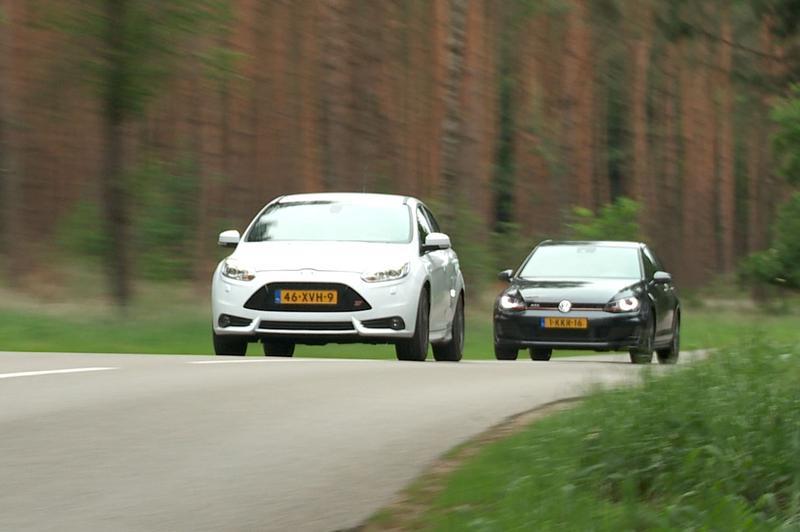Dubbeltest - Volkswagen Golf GTI vs. Ford Focus ST