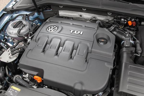 Driekwart 'sjoemeldiesels' VW aangepast