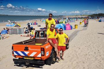 Strandwacht-voertuig: Nissan King Cab Pickup 2.5 TD