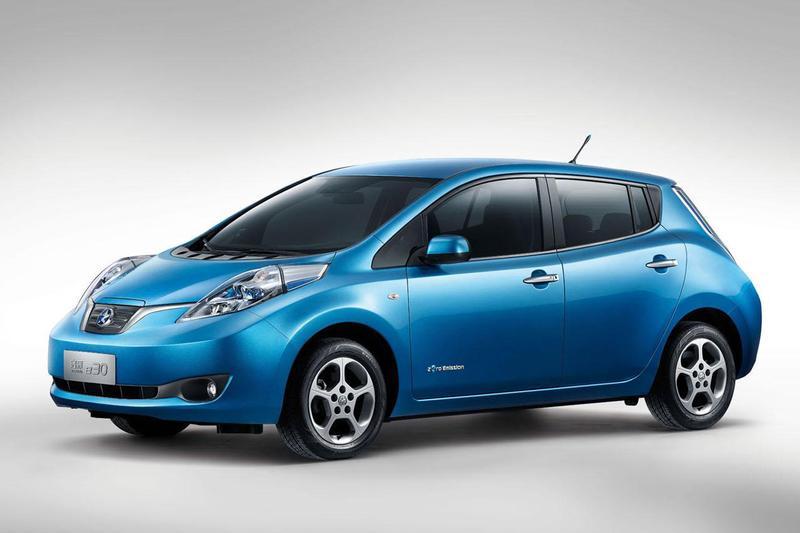 Dongfeng hijst Nissan Leaf in eigen jasje