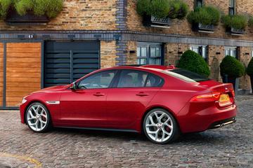 Meer over motorenpalet Jaguar XE