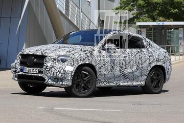 Nieuwe Mercedes-Benz GLE Coupé betrapt