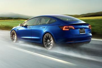 Tesla ziet omzet verdubbelen in tweede kwartaal