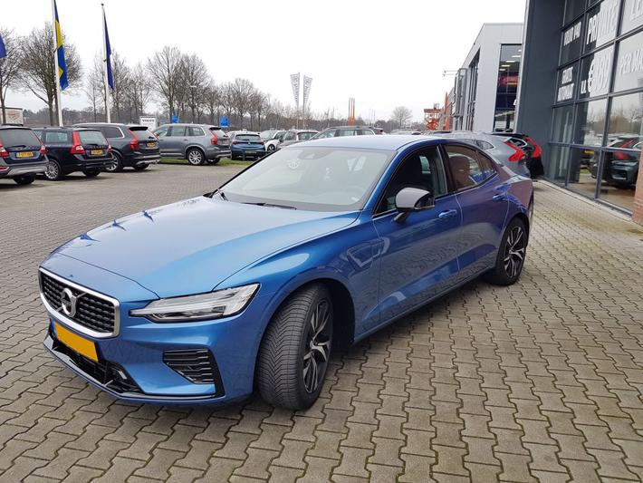 Volvo S60 T6 Twin Engine AWD R-Design (2020)