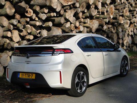 Opel Ampera 2012 Autoweek