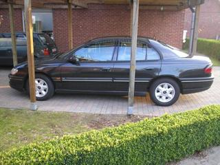 Opel Omega 2.5 TD CD (1997)