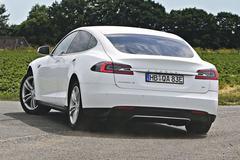 Duitse Tesla-rijders moeten subsidie terugbetalen