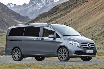 Ex-Mercedes-medewerker sloopt tientallen nieuwe busjes