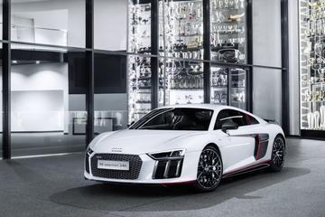 Audi R8 V10 plus Selection 24h viert feest
