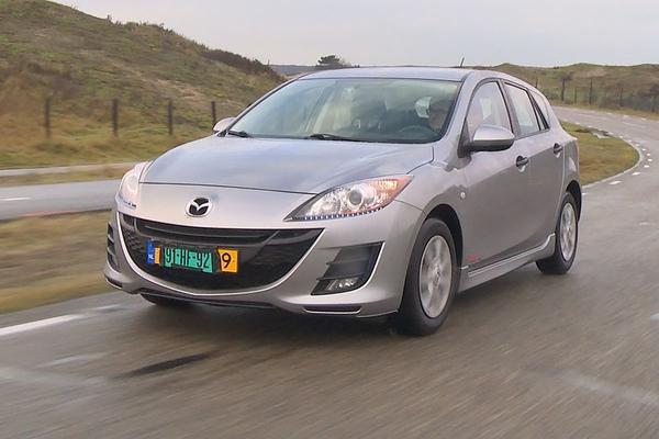 Video: Eindejaarsvideo 2017 Deel 6 - Mazda 3