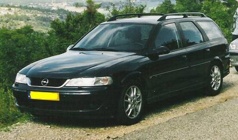 Opel Vectra Stationwagon 2.2 DTi-16V Sport Edition (2001)