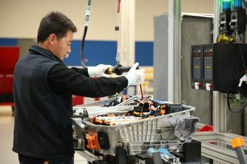 Franse start-up wil per 2023 autoaccu's maken
