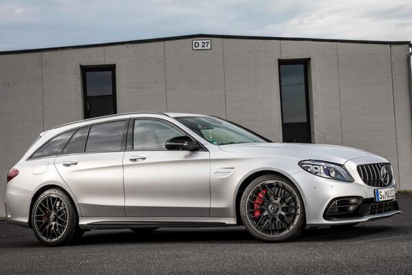 Mercedes-Benz C-klasse zorgt voor meeste Tinder-matches