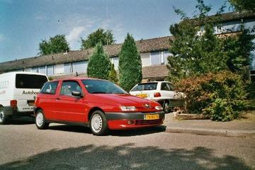 Alfa Romeo 145 1.4 Twin Spark 16V L (1998)