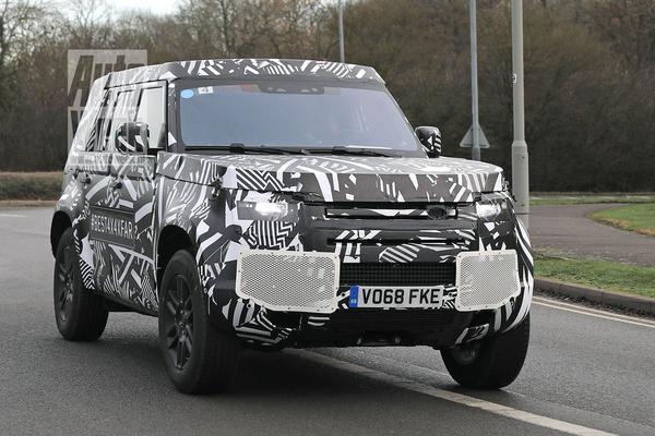 Nieuwe Land Rover Defender weer gesnapt