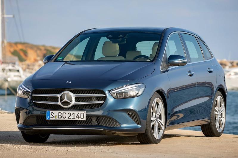 Mercedes-Benz B 180 Business Solution AMG (2019)