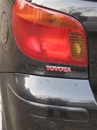 Toyota Yaris 1.5 16v VVT-i T Sport (2004)