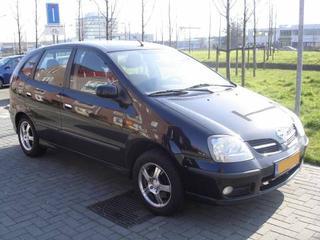 Nissan Almera Tino 2.2 dCi 112pk Acenta (2004)