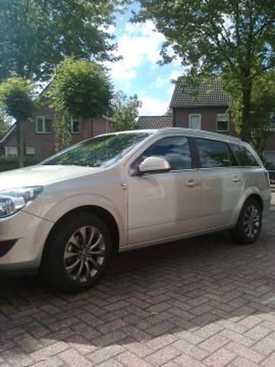 Opel Astra Stationwagon 1 6 111 Edition 2010 Autoweek Nl