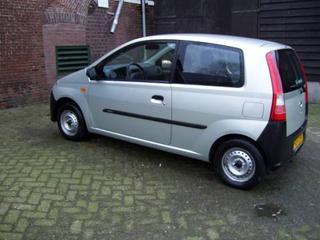Daihatsu Cuore 1.0 12V DVVT (2006)