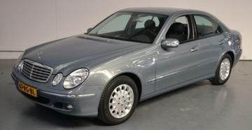 Mercedes-Benz E 240 Elegance (2005)