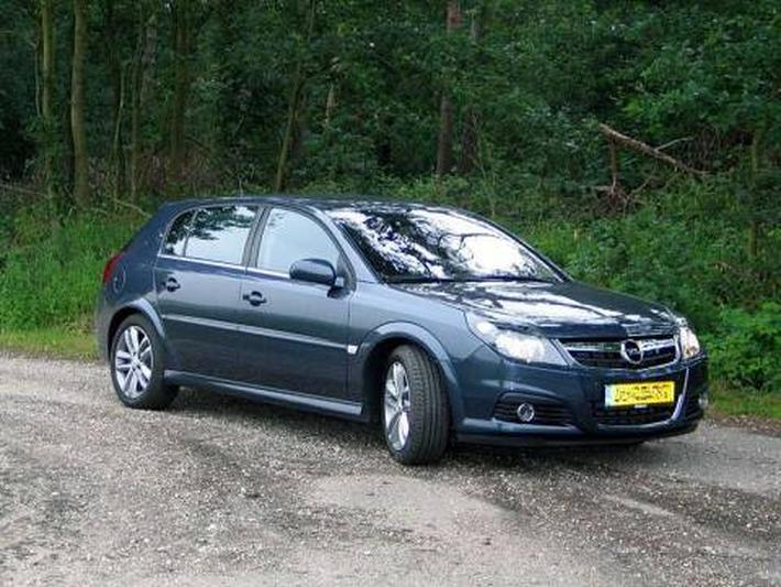 Opel Signum 1.9 CDTi 150pk Sport (2006)