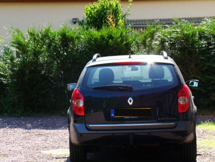 Renault Laguna Grand Tour 2.0 16V Tech Line (2005)