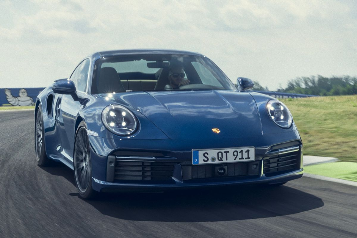 2018 - [Porsche] 911 - Page 20 Mqoyghcbxzly