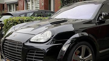 Porsche Cayenne S (2003)