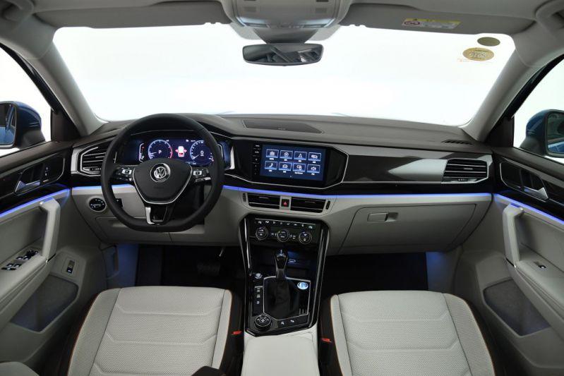 2018 - [Volkswagen] Tayron Mtkyr8gbag4h