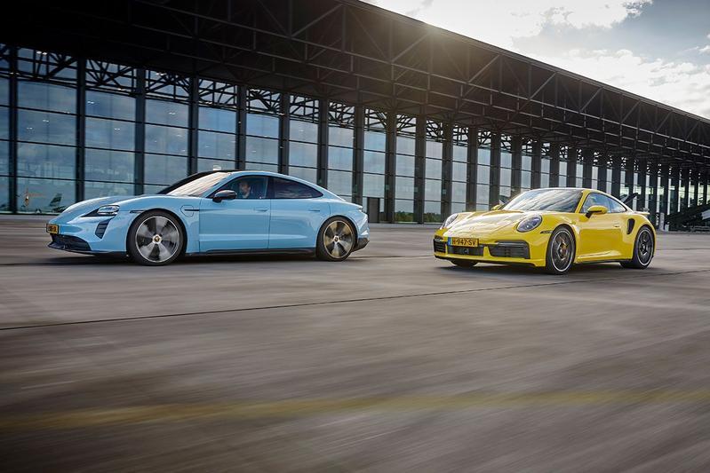 Porsche 911 Turbo S vs. Porsche Taycan Turbo S