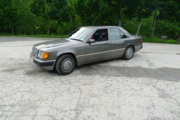 Mercedes-Benz 250 D (1991)