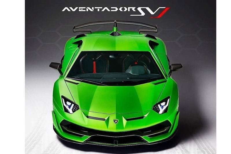 Lamborghini Aventador SVJ laat zich zien