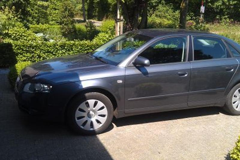 Audi A4 1.9 TDI Advance (2007)