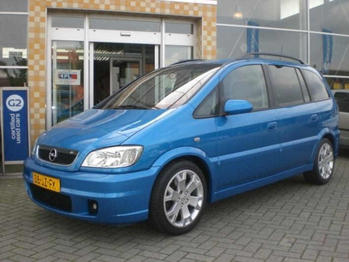 Opel Zafira OPC Turbo 2.0 (2002)