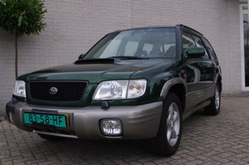Subaru Forester 2.0 S-Turbo AWD (2001)