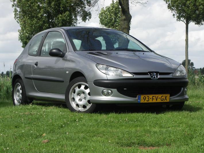 Peugeot 206 XS 1.6 (2000)