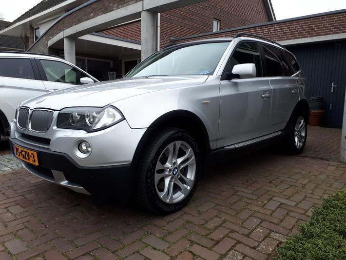 BMW X3 xDrive30i High Executive (2007)
