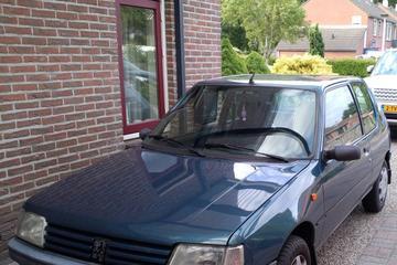 Peugeot 205 Génération 1.4i (1996)