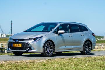 Toyota Corolla Touring Sports 2.0 Hybrid Executive (2019)