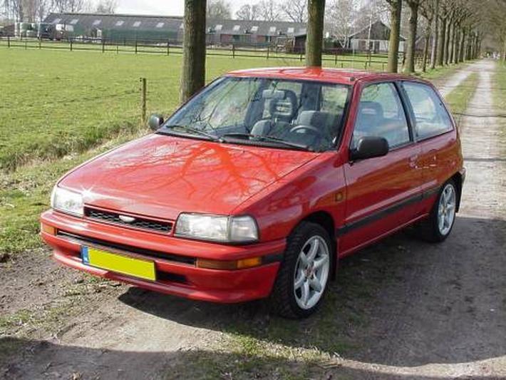 Daihatsu Charade 1.3i TX (1993)