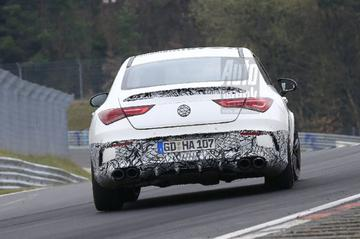 Mercedes-AMG CLA 45 breekt uit op de Ring