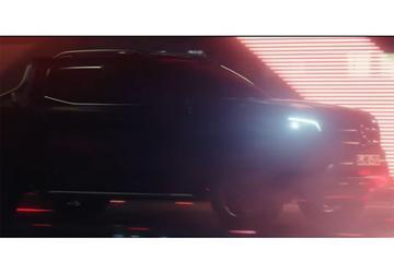 Mercedes-Benz toont flarden X-klasse