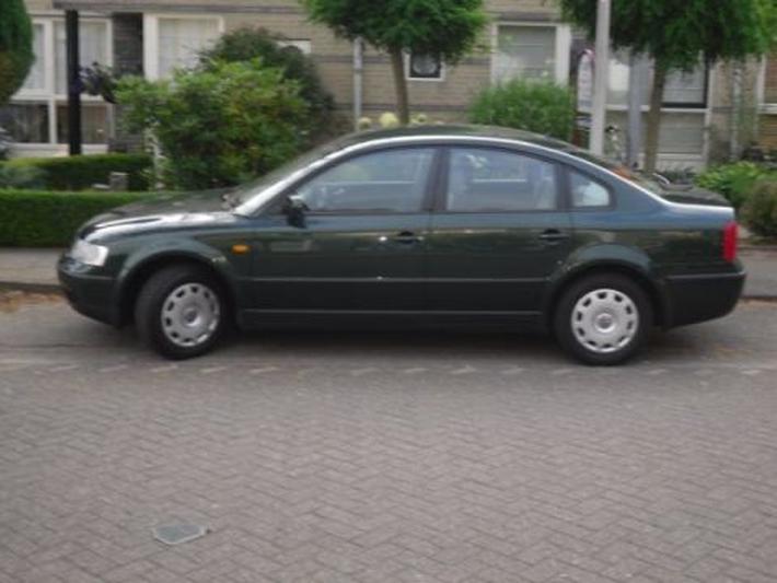 Volkswagen Passat 1.6 (1997)