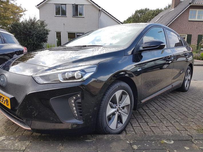 Hyundai Ioniq Electric Premium 2017 Autoweek Nl