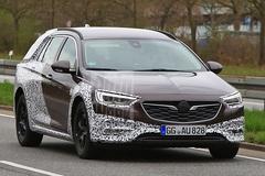 Opel Insignia Country Tourer laat zich zien
