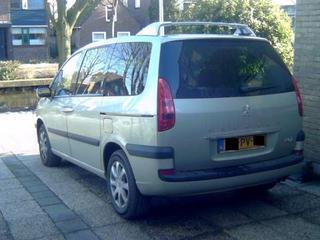 Peugeot 807 ST 3.0-24V (2005)