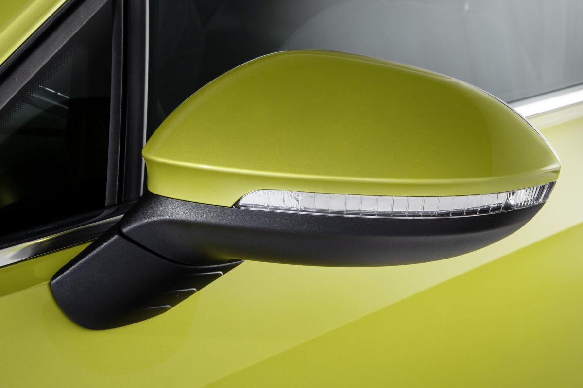 Volkswagen Golf 8 (2019) 30